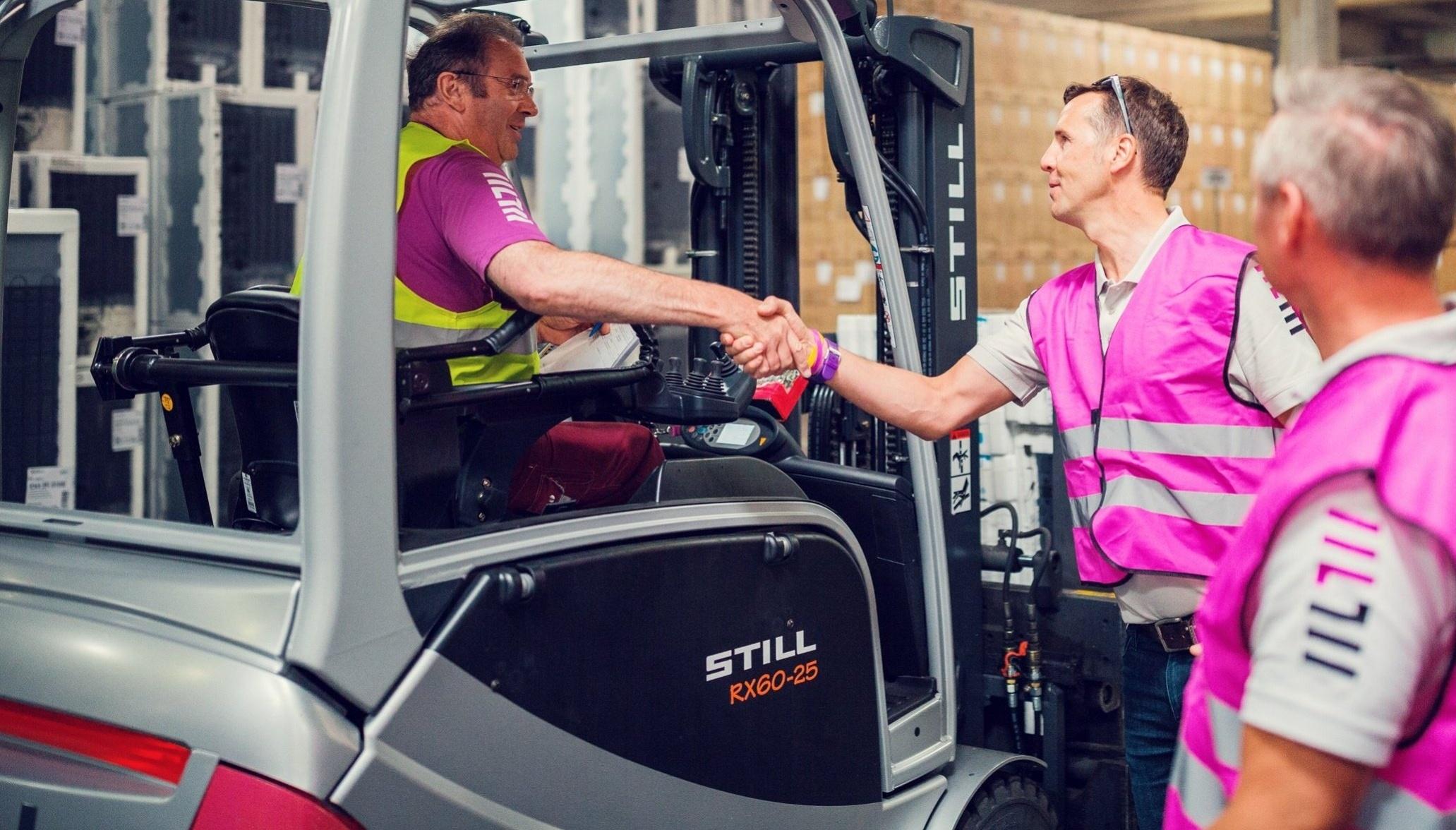 Kampf gegen Fachkräftemangel Automatisierung Personalbedarfssteuerung